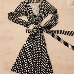 Black and white Banana Republic Gemma wrap dress